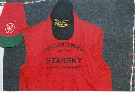 De originele Starsky bodywarmer en pet